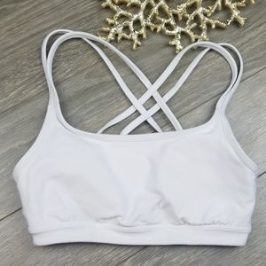 ✨ Athleta White Sports Bra XS✨